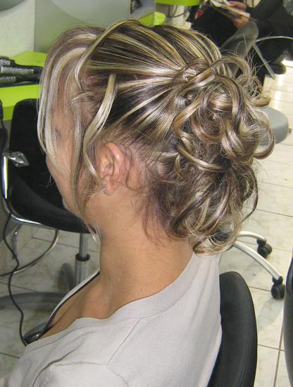 D couvrez toutes les prestations pour femmes du salon de coiffure sabl sur sarthe - Coiffure ceremonie femme ...